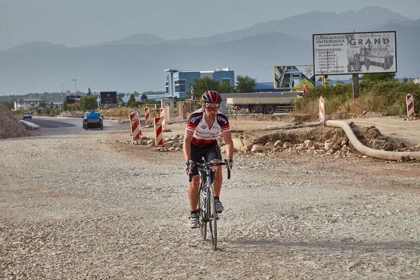 Bike-Weltrekord: Strapazen für Mensch und Material in Montenegro / Foto Jo Becker