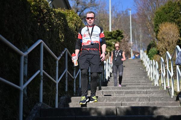 Treppen-Weltrekord: Nonstop-Treppenlauf im Team / Foto Jo Becker