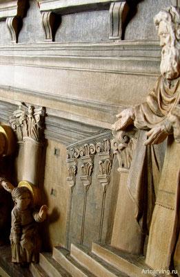 Введение во храм Девы Марии. Резьба по дереву Байкова Михаила.