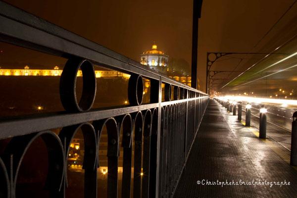 Au dessus du Ponte Dom Luizi - Métro