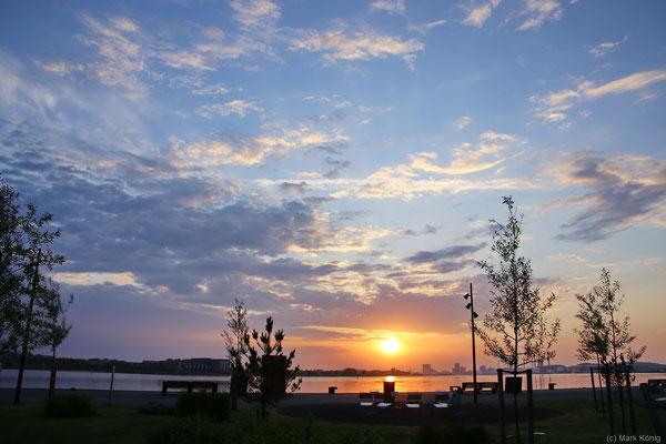 Sonnenaufgang über Aalborg (Jütland)