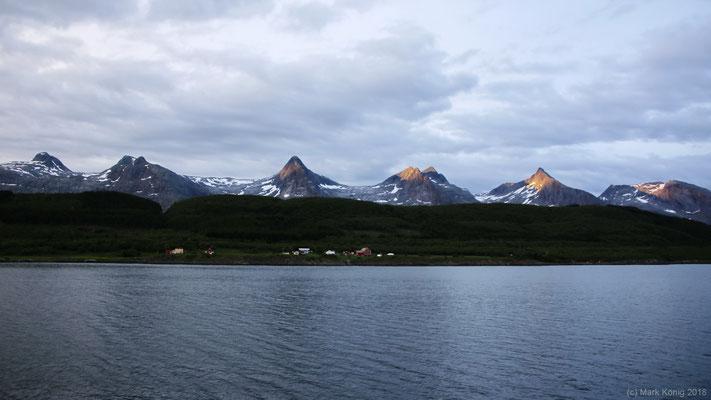 ... das Erleben von Landschaften aus einer anderen Perspektive, hier die Bergkette der sieben Schwestern (Tag 11).