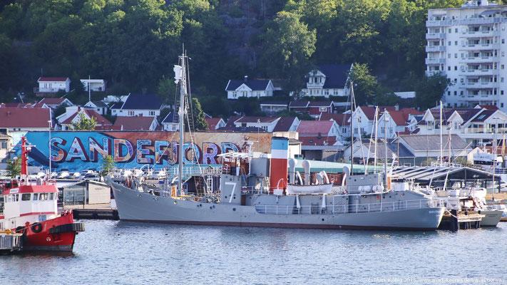Ein früheres Walfang-Schiff liegt heute noch im Hafen von Sandefjord - heute als Museumsschiff.