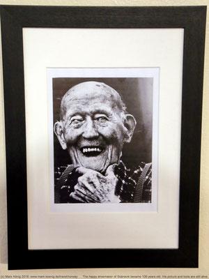 """""""The happy shoemaker"""" wurde 106 Jahre alt - seine Werkstatt exitiert bis heute"""