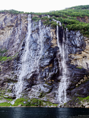 Seven Sisters waterfalls - front view in the evening