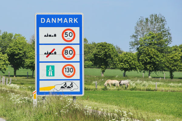 Danish informatory sign for speed limit and daytime running lights