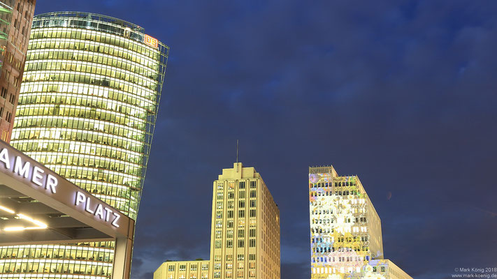 Berlin Potsdamer Platz at night
