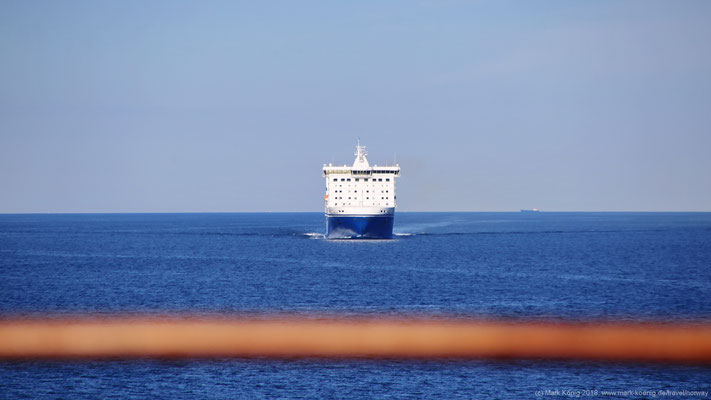 Crossing other ships' route in Kadetrinne - here FinnLines ferry from Helsinki - Travemünde.
