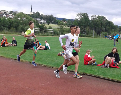 Jaza Bavin - 3. Platz 1000m Bahnlauf