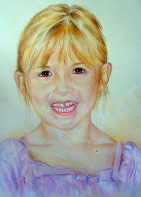 Kinderportrait mit Pastell-und Farbstiften gezeichnet