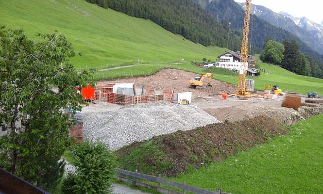 Fundament, Bodenplatte und erste Wände wurden betoniert