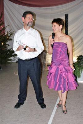 Ehrung: Wolfgang Redlich seit über 25 Jahren Trainer bei der TSG (Foto: Wolfgang Stein)