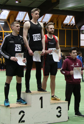 Siegerehrung 60m-U20: Max vierter (Foto: K.J. Moch)