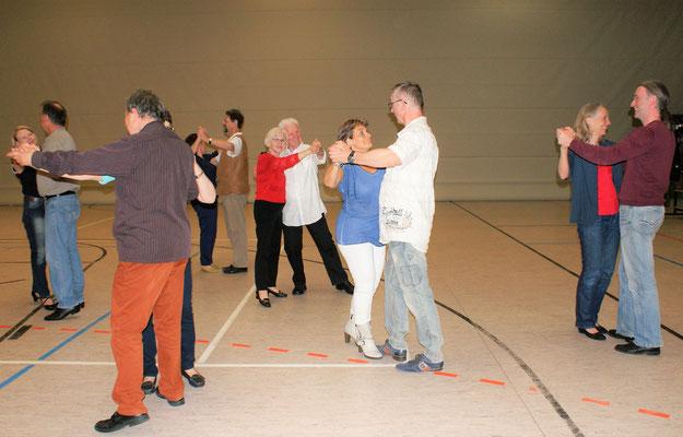 Tanztraining in der Harbig-Halle