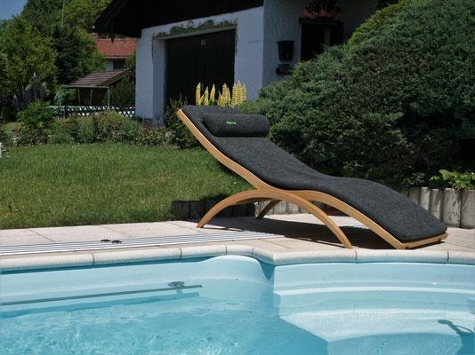 Wellnessliege bestens geeignet für Sauna und Schwimmbad