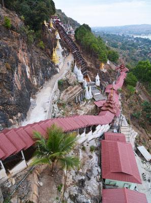 Pilgeraufgänge zur Pindaya-Grotte mit über 8000 Buddha-Statuen