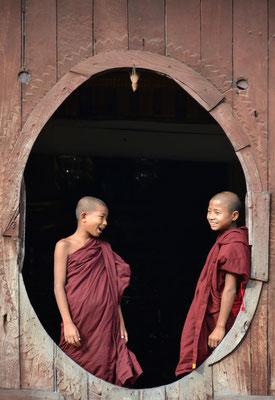 Schulpause im Shwe Yan Pye-Kloster