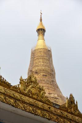 Rangoon, die Shwedagon-Pagode wird restauriert