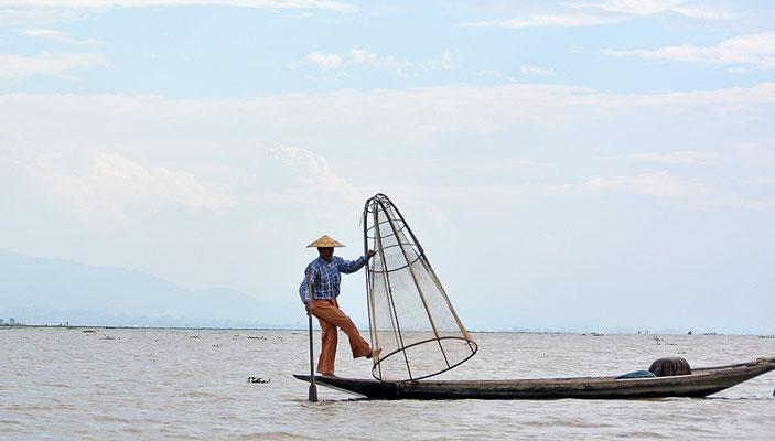 Einbein-Fischer auf dem Inle-See
