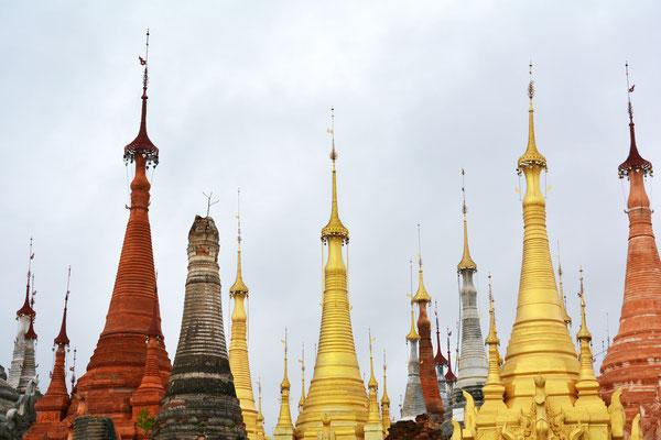 Stupas - Gebete aus Stein