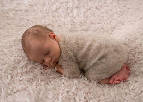 """Neugeborenenshooting  """"kleiner Junge"""""""