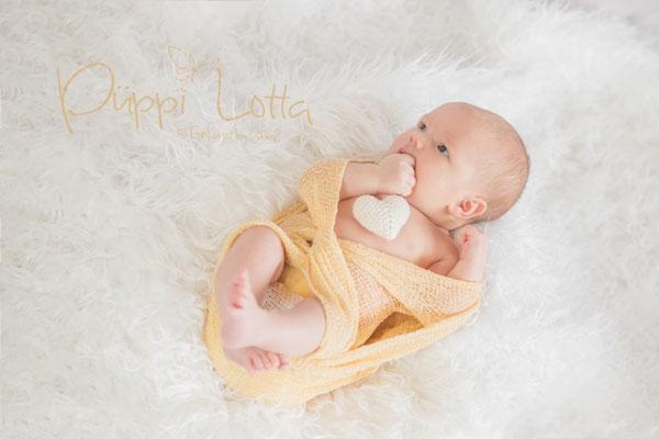 Neugeborenes mit Herz