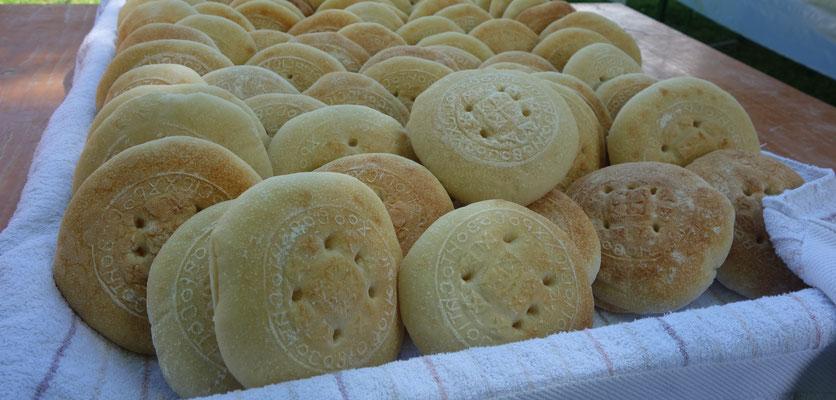 Heilige Brot für das Agape-Mahl. Foto: Jennifer Peppler