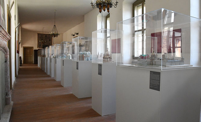 Miniaturausstellung der Kirchen von Dr. med. Hans-Martin Möhler. Foto: Maria Hopp