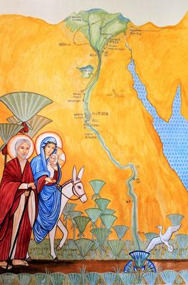 Die Heilige Familie vor einer Nilkarte mit den Stationen ihrer Reise. Malerei: Daniela Rutica. Foto: Jennifer Peppler
