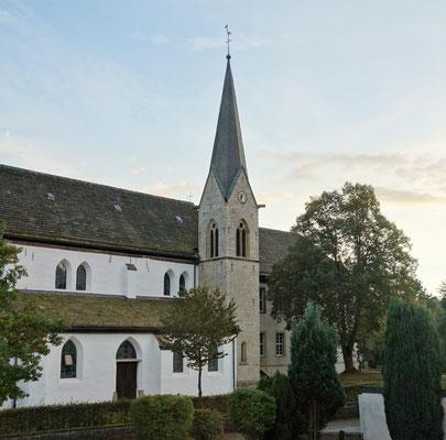 Gegenüber der kath. Pfarrkirche St. Johannes Baptist (Ostflügel des Klosters) befindet sich das St. Markus Gästehaus. Foto: Jennifer Peppler