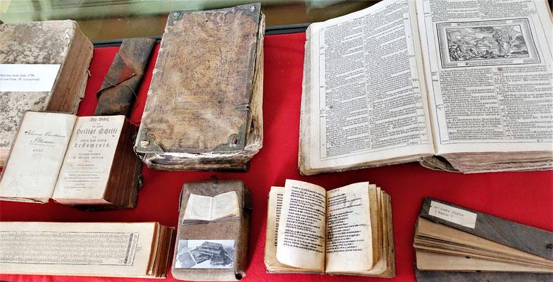 Bibelausstellung von Josef Jostwerner. Foto: Jennifer Peppler