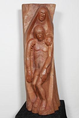 """""""Die Pietá"""", Birnbaum 1997, Höhe 148 cm. Foto: Ulrich Sprengel"""