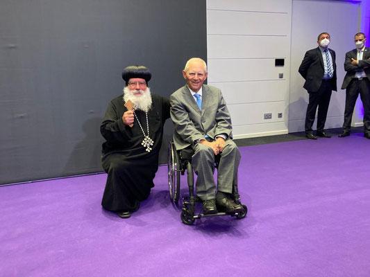 S.E. Bischof Anba Damian und Dr. Wolfgang Schäuble der Präsident des Deutschen Bundestages (CDU/CSU)