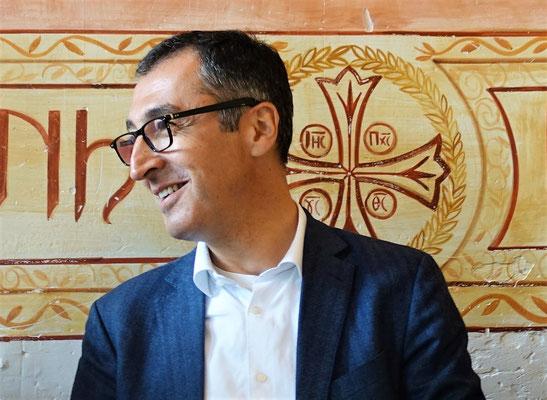 Cem Özdemir zeigt sich sympathisch und offen für Fragen und Kritik. Foto: Jennifer Peppler