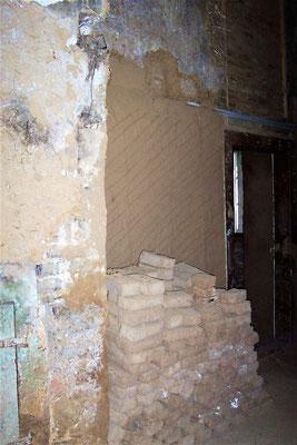 Die Wand des Raumes im Jahr 2009 während der Renovierung. Foto: Brigitte Goede