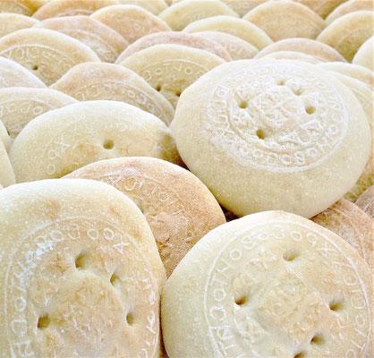 Das heilige Brot darf nur von Diakonen, Priestern, Mönchen und Patriarchen gbacken werden. Foto: Jennifer Peppler