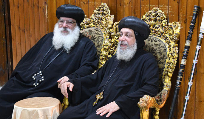 S.E. Bischof Anba Damian und S.E. Bischof Thomas in Anaphora. Foto: Maria Hopp