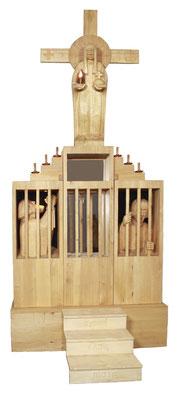 """""""Stufen zur Freiheit"""": Glaube - Hoffnung - Liebe, Lindenholz 2001, Höhe 440 cm. Foto: Ulrich Sprengel"""