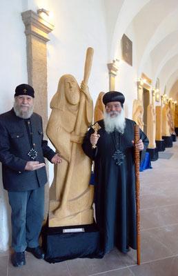 Diakon und Holzbildhauer und Bischof Damian. Foto: Daniela Rutica