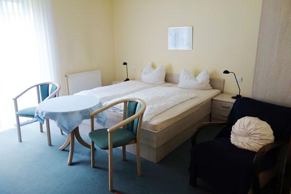 Doppelzimmer im Gästehaus St. Markus. Foto: Jennifer Peppler
