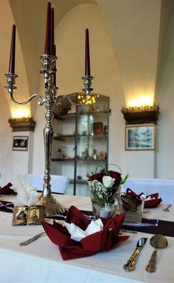 Ausschnitt der Tafel im Speisesaal des Klosters, Foto: Jennifer Peppler