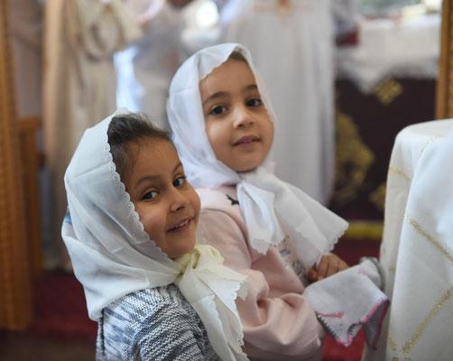 Auch die Kleinsten empfangen Ihr Abendmahl in jedem koptischen Gottesdienst. Foto: Maria Hopp