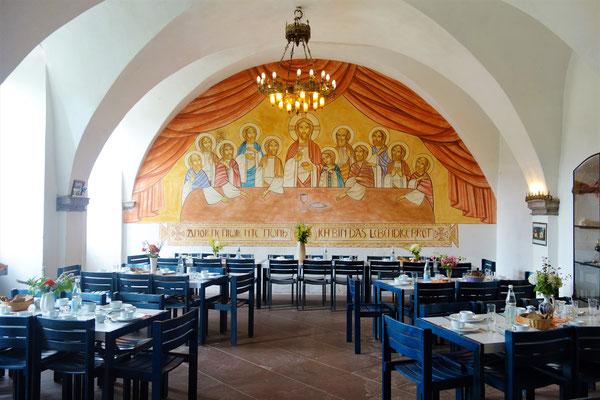 Das letzte Abendmahl von Jesu Christi und seinen Jüngern im Refektorium des Klosters. Malerei: Dr. Stéphane René. Foto: Jennifer Peppler