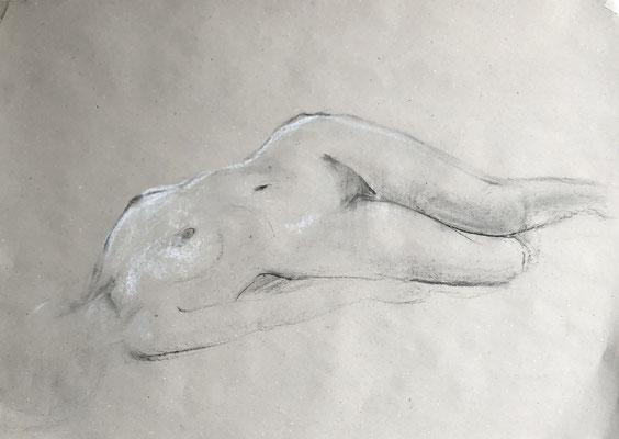 Alice Haring, Akt-Studie 2019, Kohle auf Papier, 50x70cm