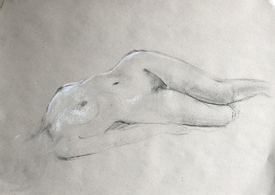 AKTSTUDIE, 50x70cm, Kohle auf Papier