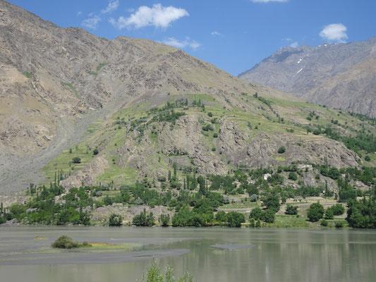Bewässerung auf afghanischer Seite. Foto: PK