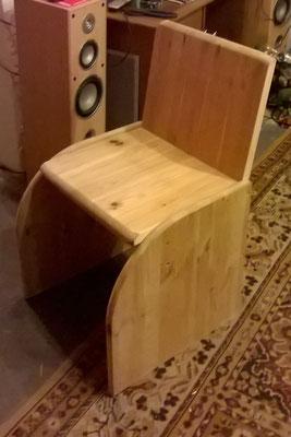 Stuhl aus altem Wohnzimmertisch