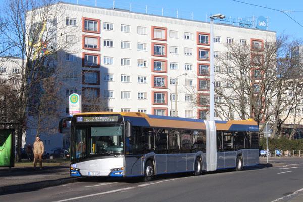Neufahrzeug 14161 am 31.12.16 auf der Linie 60