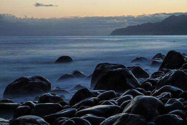 Die Nordküste in der Morgendämmerung