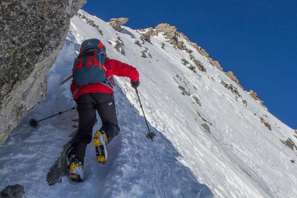 Nach dem Skidepot: Ohne Ski zum Basòdino